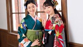 卒業式は袴姿でフィナーレ!2021私らしい袴スタイルを残しておきましょう